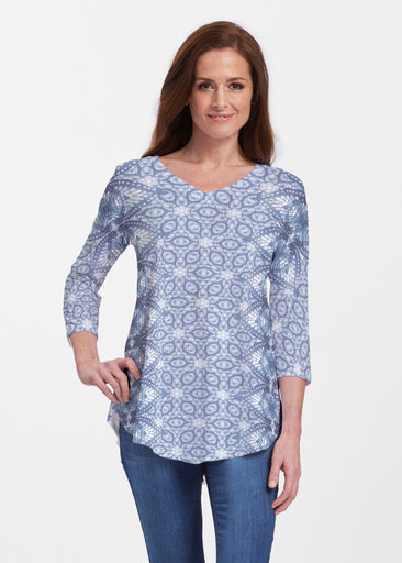 Picket Daisy (7729) ~ Signature V-neck Flowy Tunic