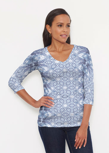 Picket Daisy (7729) ~ Signature 3/4 V-Neck Shirt