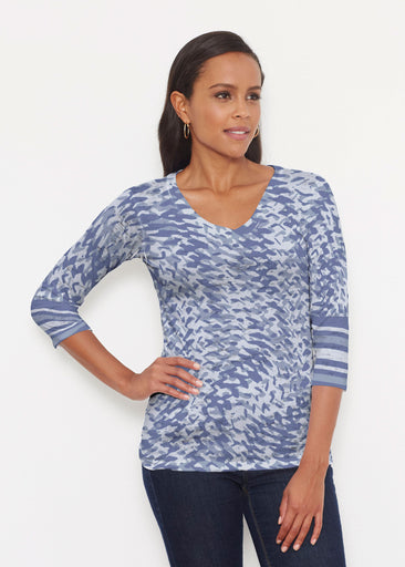Textured Tracks Blue (7737) ~ Signature 3/4 V-Neck Shirt