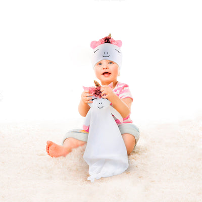 Rising Star Baby Girl Plush Lovey Unicorn Blanket with Matching Hat Gift Box Set, White and  Pink, Ages 0-12M - The Accessories Outlet