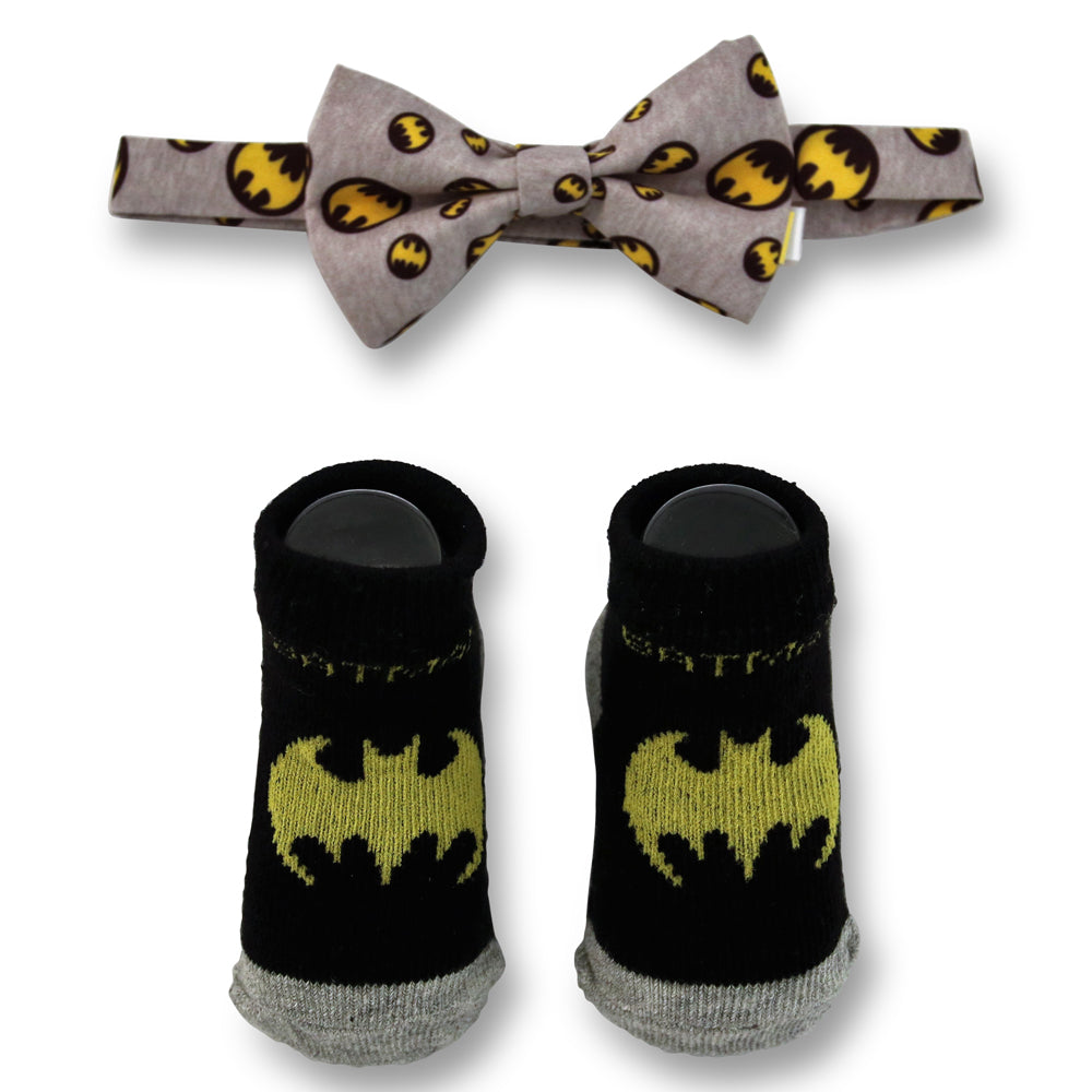 DC Comics Baby Boys Batman Character Bow Tie and Socks Gift Set, Black And Gray, Age 0-12M - The Accessories Outlet