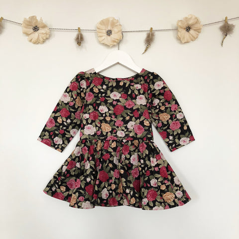 winter roses 3/4 sleeve dress