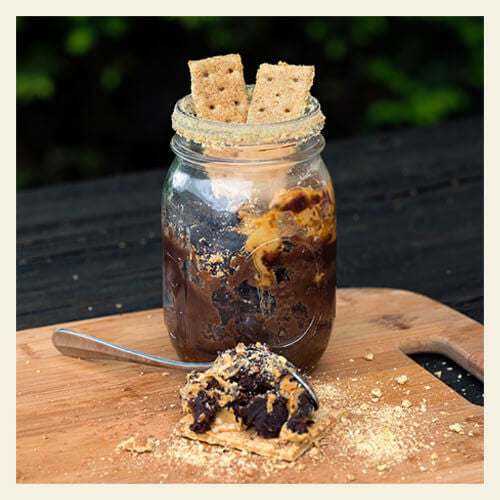 PEANUT BUTTER CUP ONE MINUTE MUG CAKE