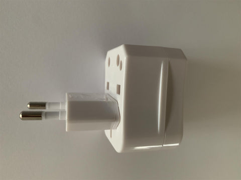 World Travel Plug/Converter with USB Adapter UK/Euro/USA with Case