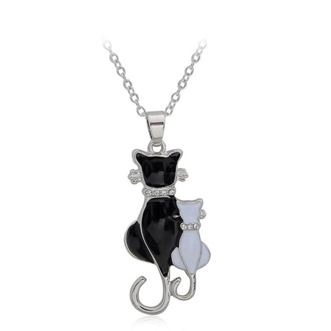 Jewellery - 2 Cuddling Cats Crystal Pendant Necklace