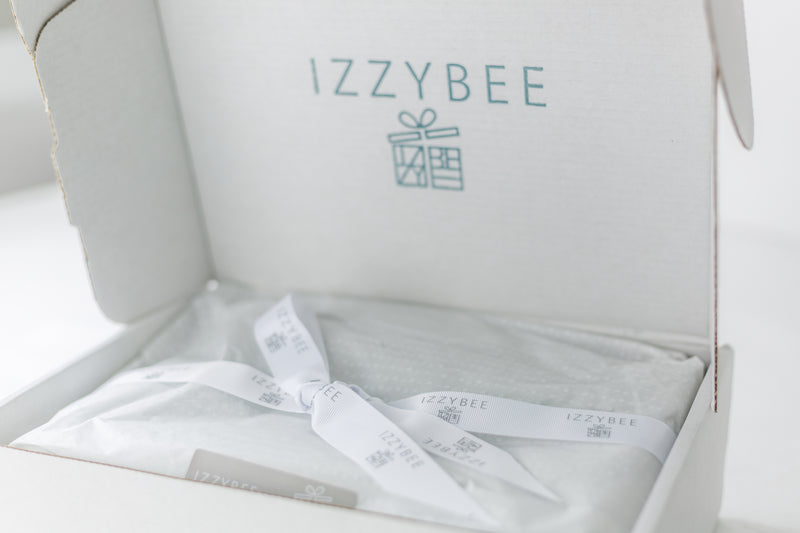 IzzyBee Standard Gift Packaging