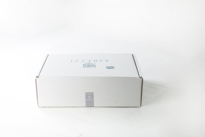 Standard Izzybee packaging box