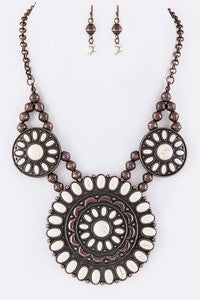 Thia Necklace