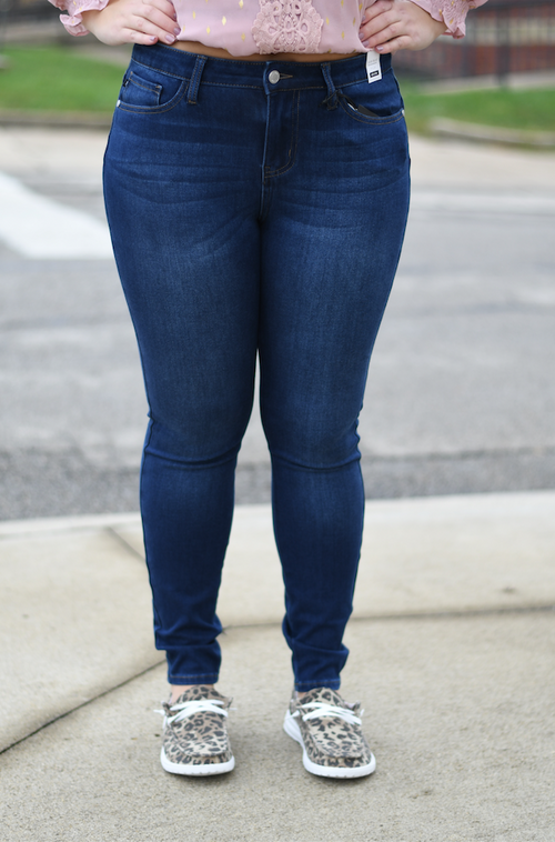 Mid Rise Non Distressed Jean