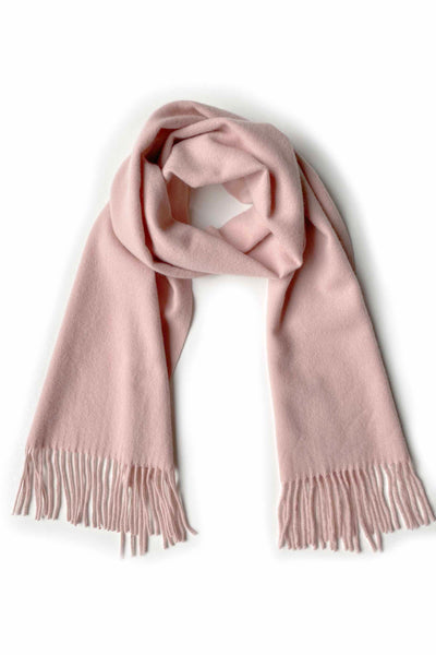 Unisex cashmere scarf with fringes in nude pink