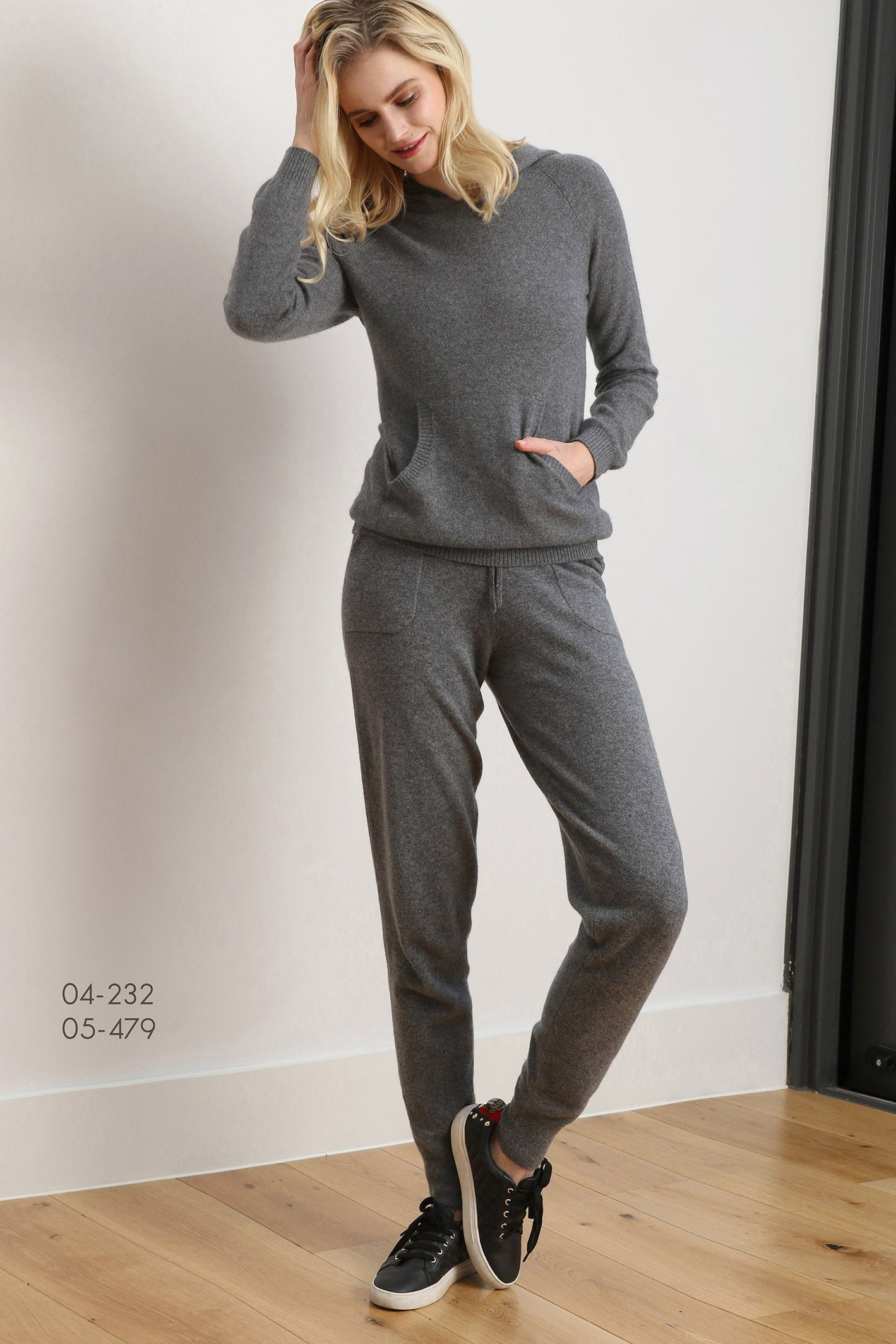 Tracksuit sweat pants jogger trousers bottom mid grey | SEMON Cashmere