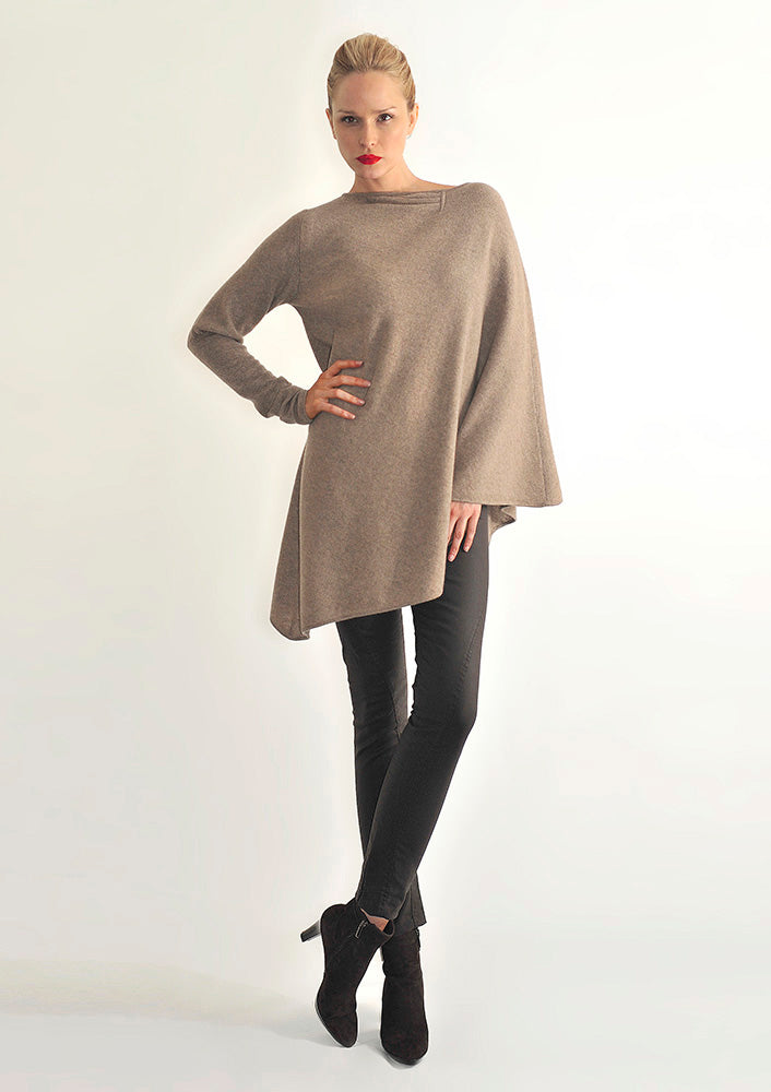 One sleeve cashmere poncho in Biscuit