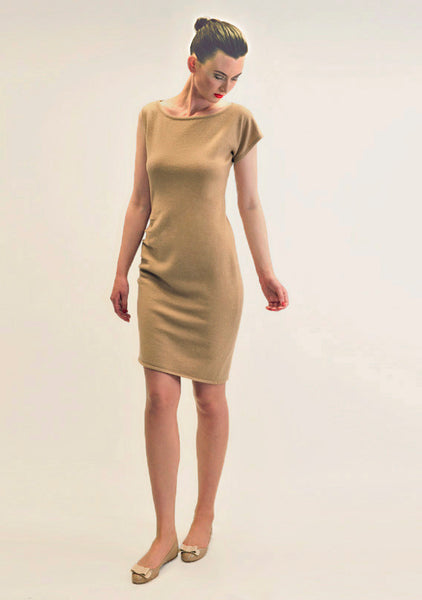 Asymmetric shoulder cashmere dress