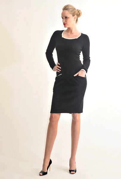 Square neck CHANEL Cashmere Dress with pockets