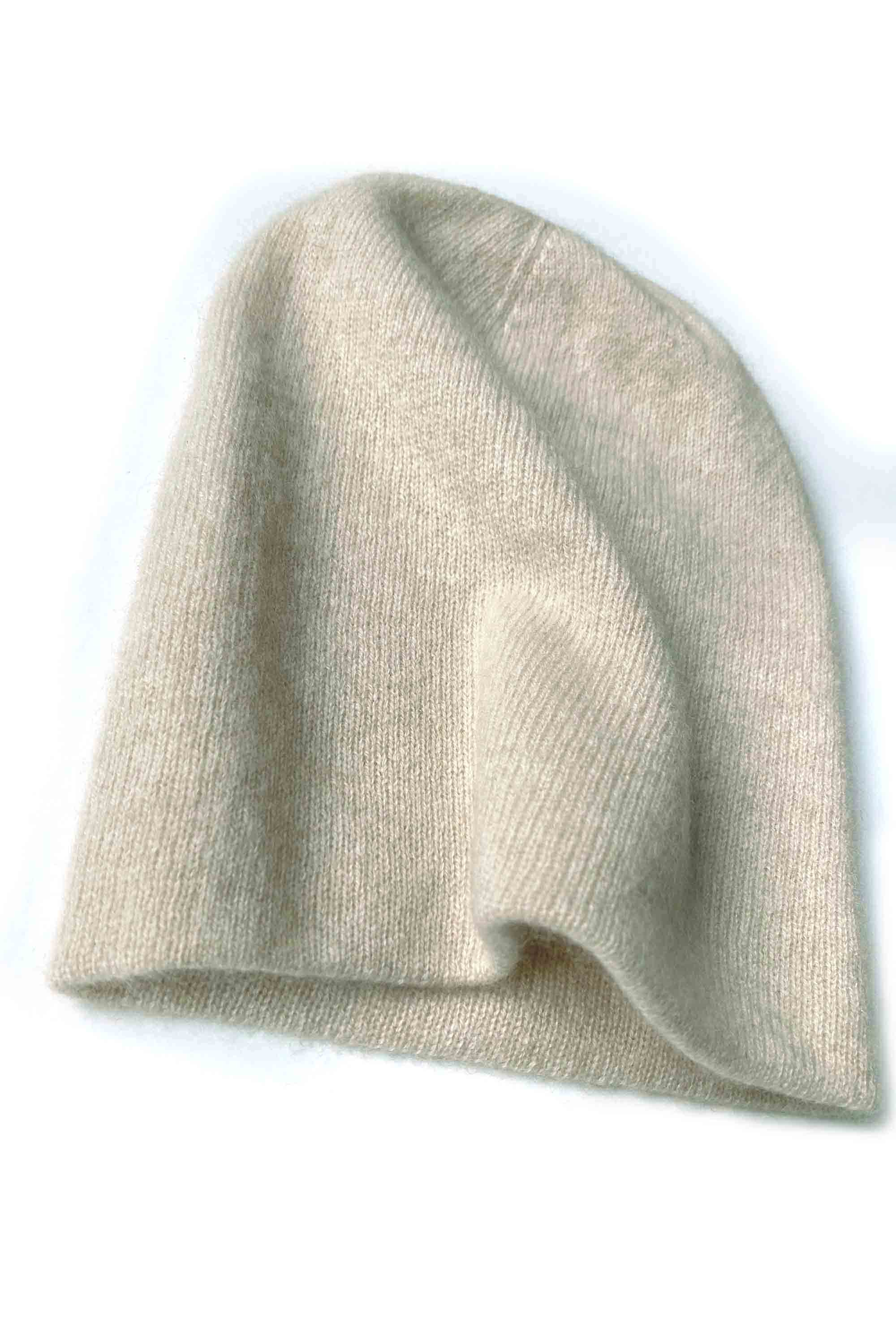 Bundle offer for women's cashmere hat, scarf and gloves in beige