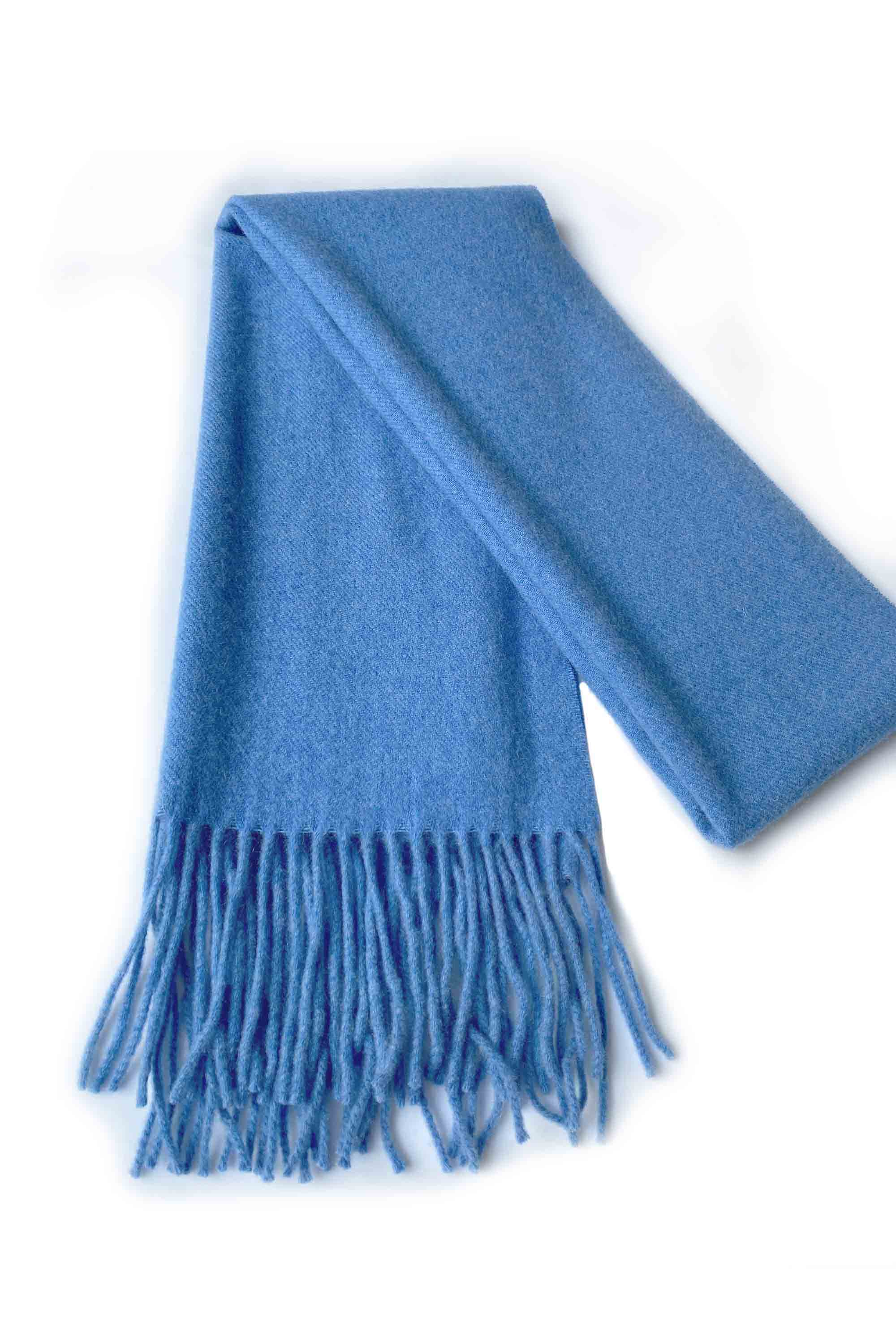 Unisex cashmere scarf with fringes in blue