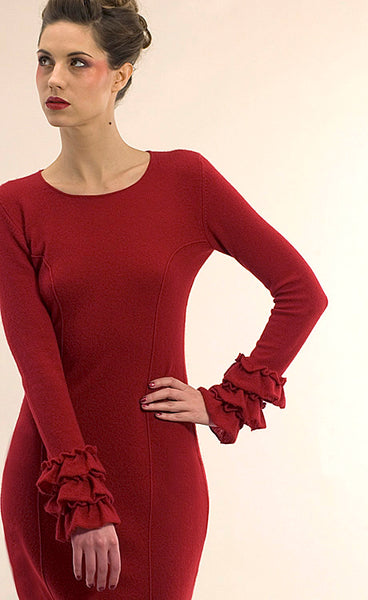 Ruffle cuff cashmere dress in deep red | SEMON Cashmere