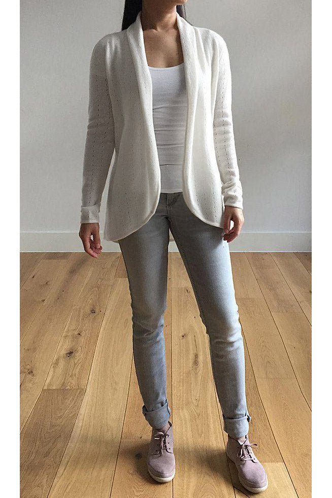 Cream women's luxury Cashmere cardigan jacket, white ladies light weight summer cardigan, open front tailored jacket, fitted shawl neck collared elegant cardigan sale, open V-neck sweater knit London UK | SEMON Cashmere
