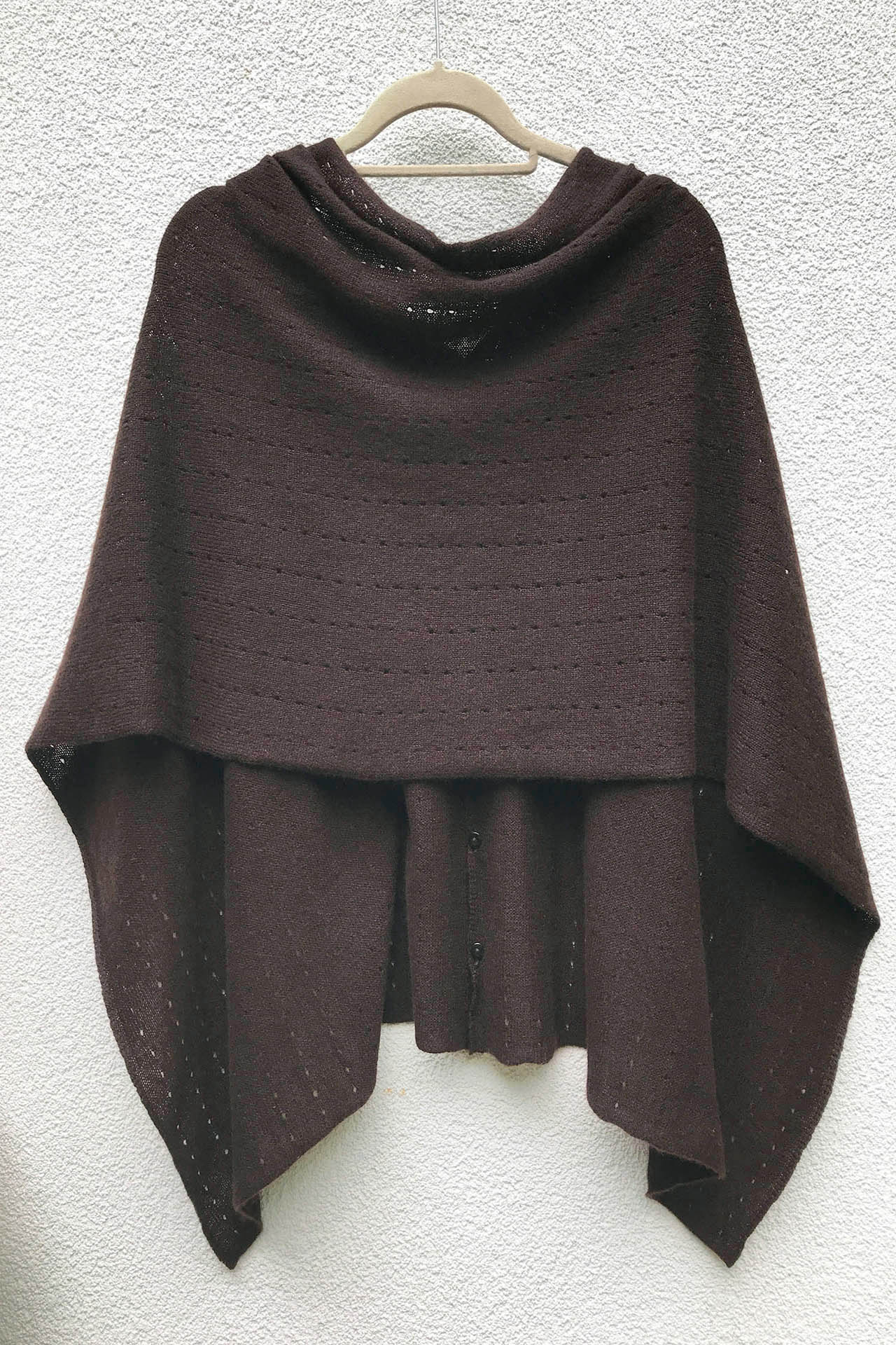 Multiwear lacy Cashmere Poncho in Chocolate brown | SEMON Cashmere