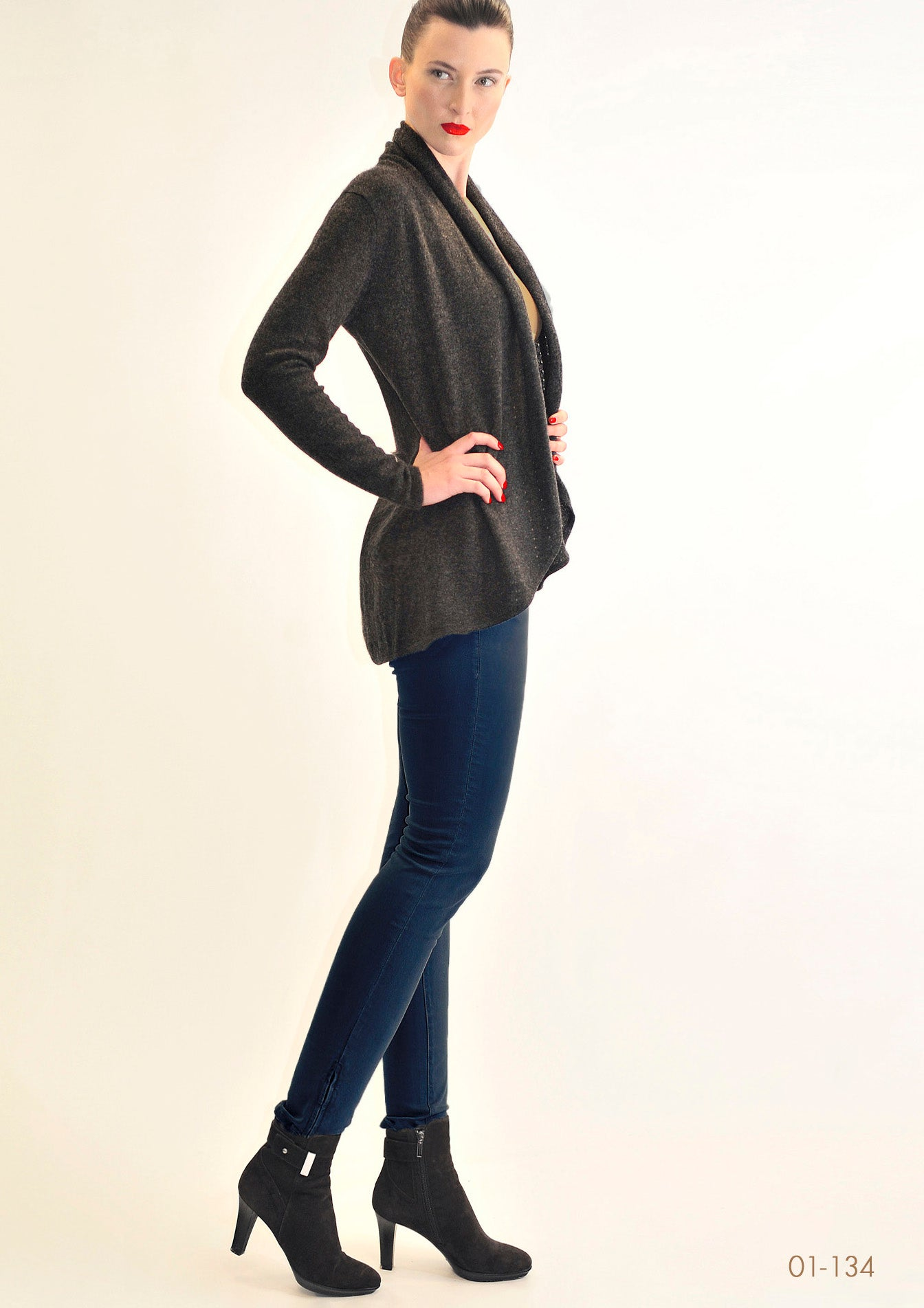 Lacy Cashmere cardigan in Charcoal grey