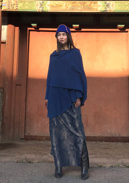 One sleeve Cashmere poncho in Mid blue