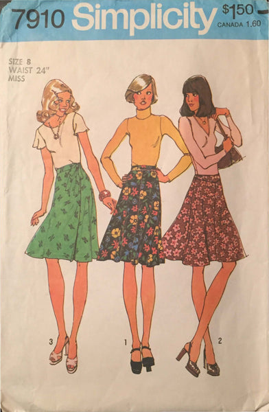 Size 8 -  Misses 1970's Simplicity 7910 Vintage Sewing Pattern* - Handmaiden's Cottage
