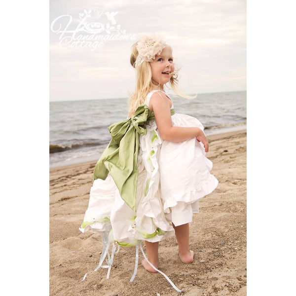 Flower Girl Train PDF Pattern - Handmaiden's Cottage