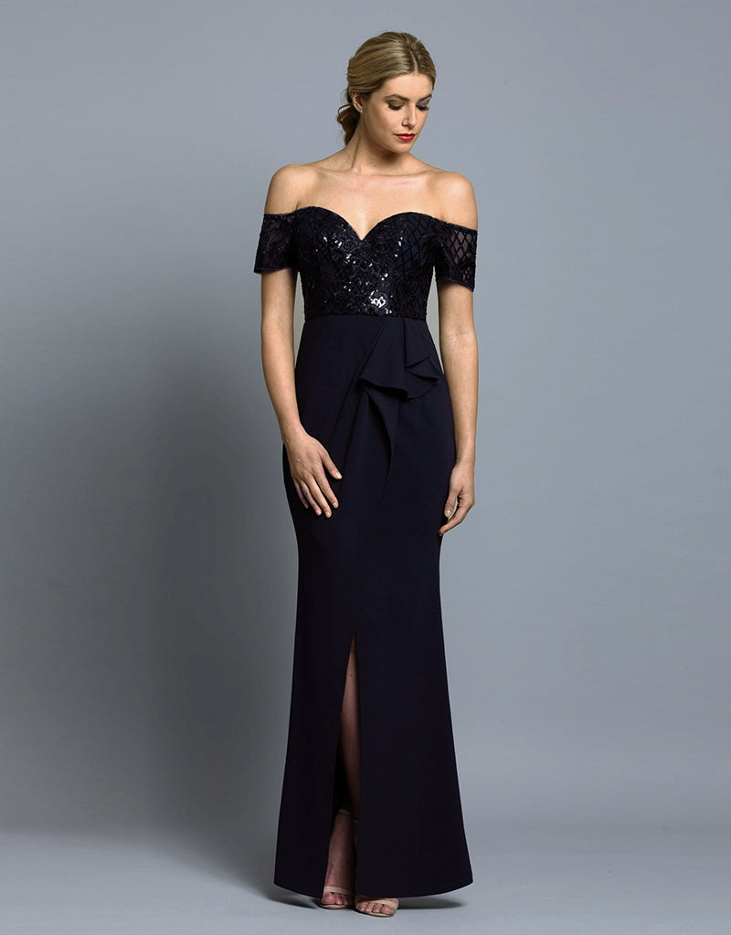 TAYLOR SWEETHEART SLEEVED GOWN B36D24-L