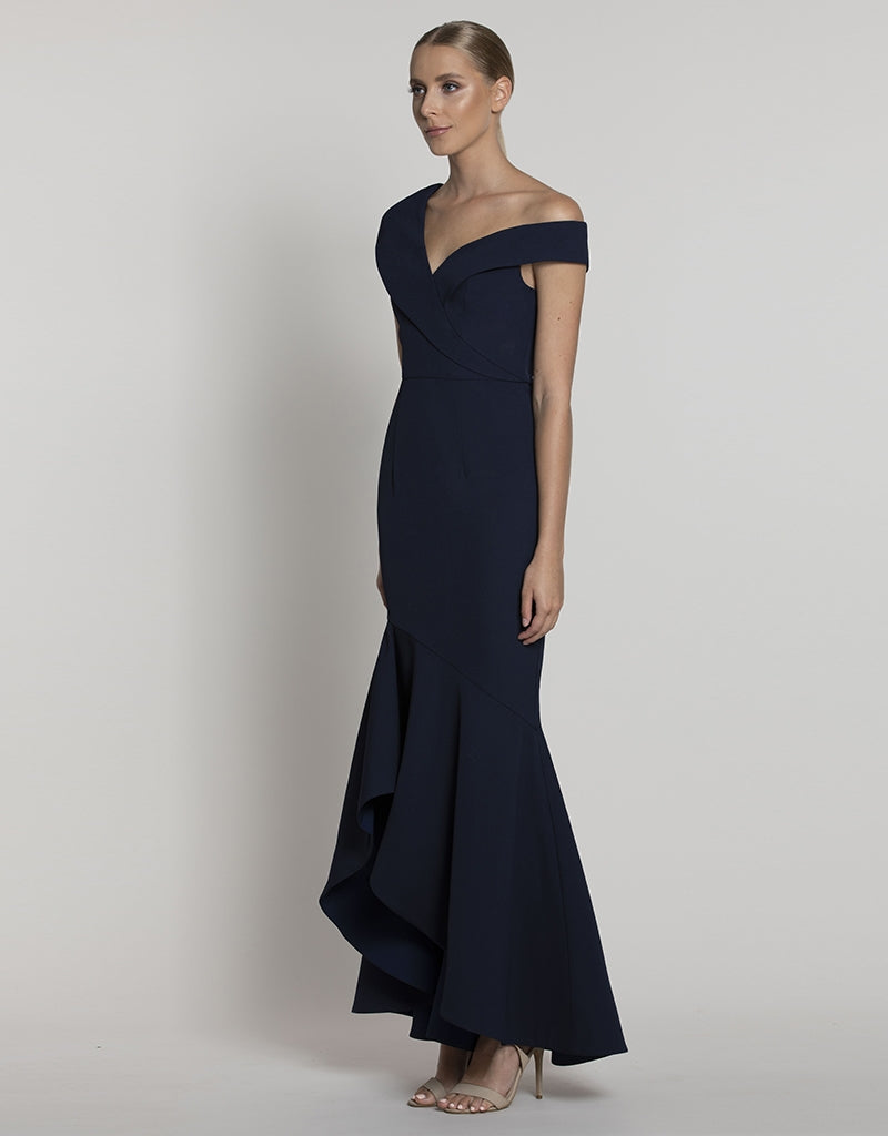 DELLA ONE SHOULDER GOWN