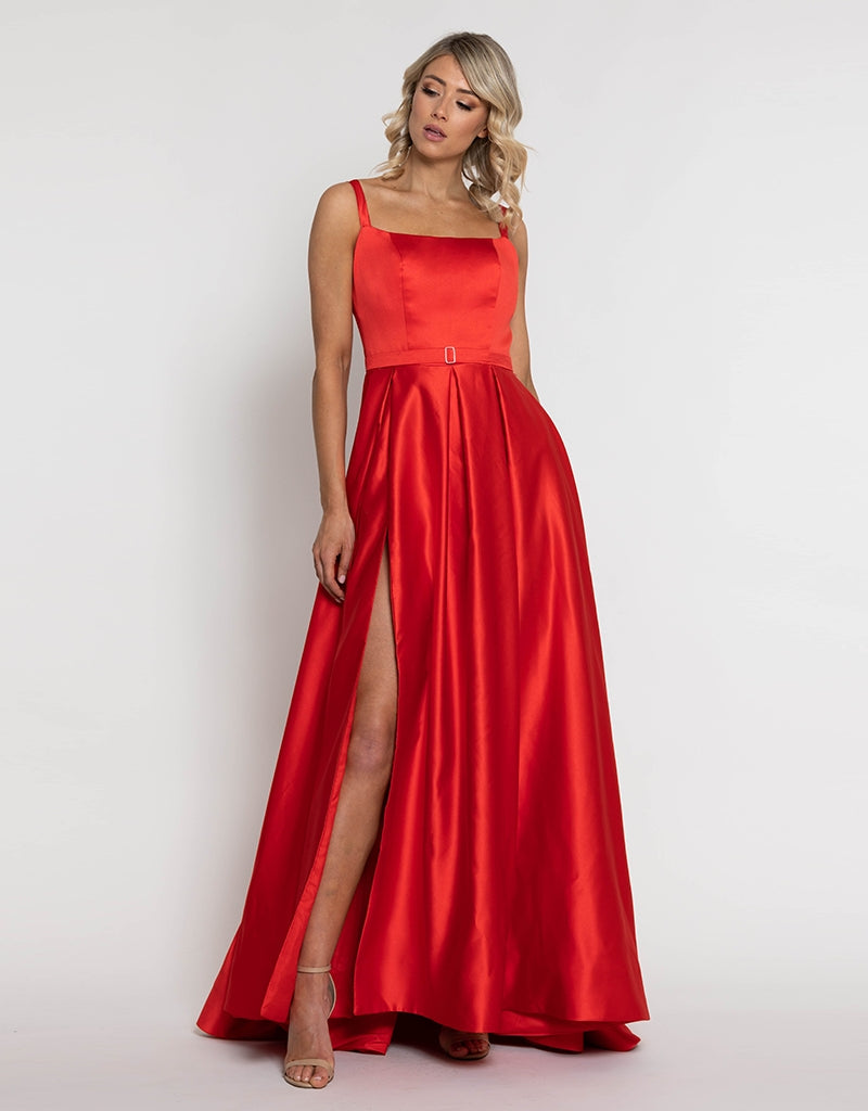THE JULIETTE GOWN OB09D05
