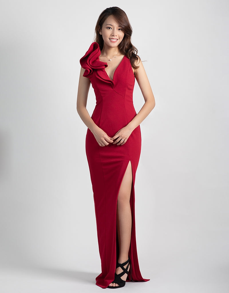 POPPY RUFFLE SHOULDER GOWN B40D20-L