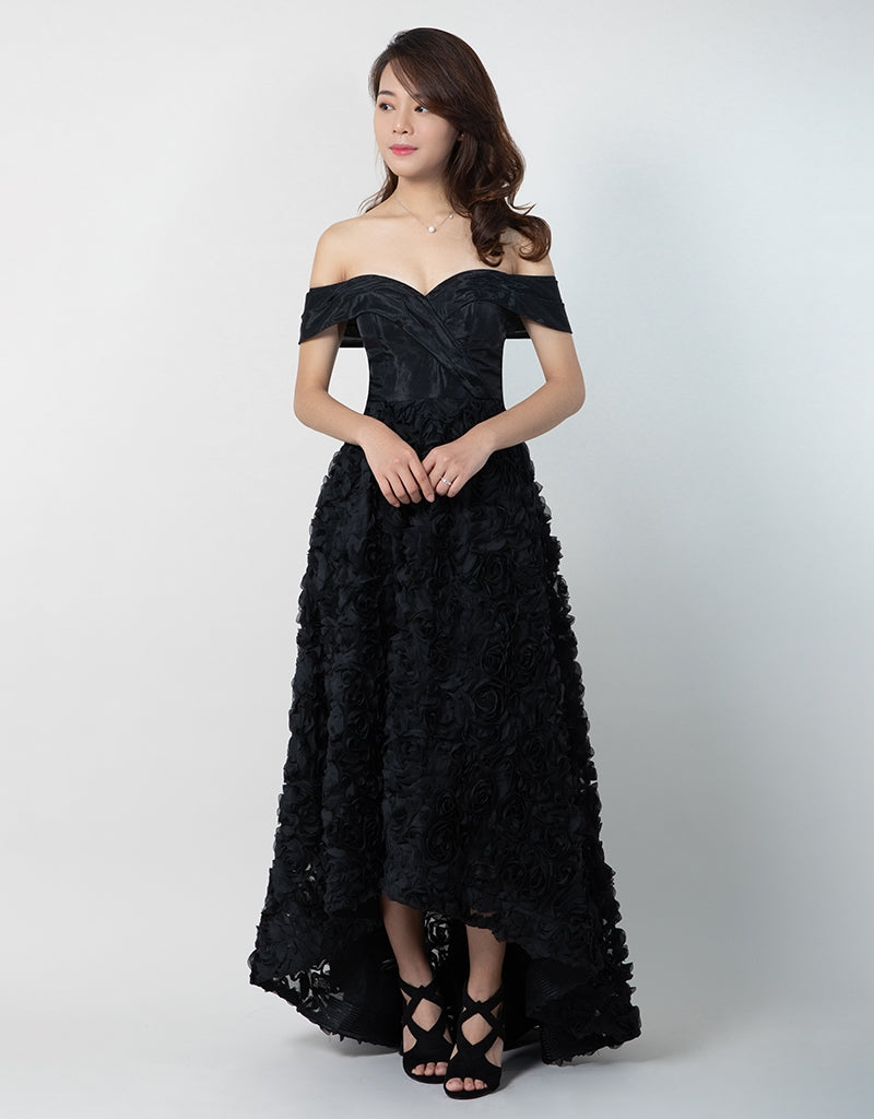GRACE OFF-SHOULDER GOWN B41D06