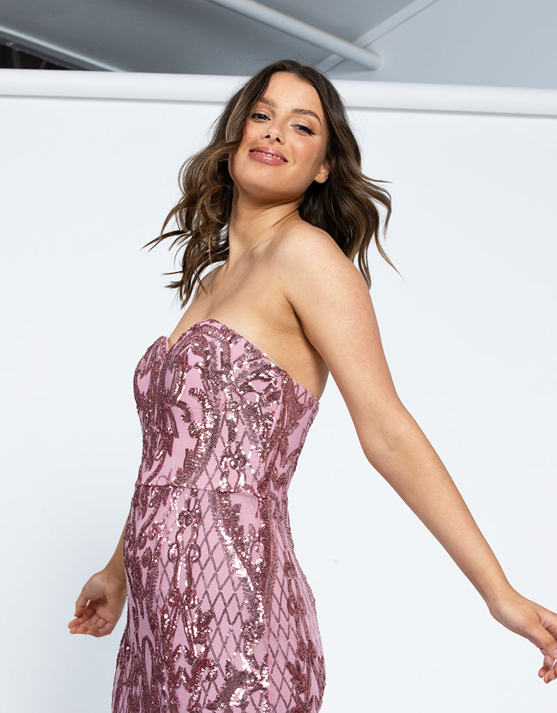 ALISAN SWEETHEART PATTERN SEQUIN GOWN B42D33L