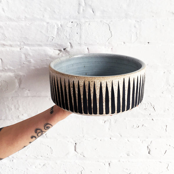 Dog Bowl: Black Stripes