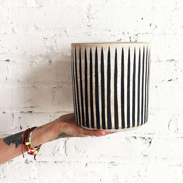 Vase Wide: Black Stripes