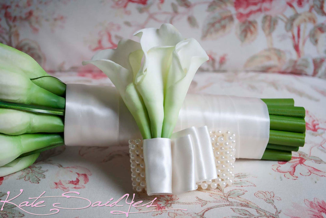 Wedding Corsage - Ivory Calla Lily Wristlet Corsage