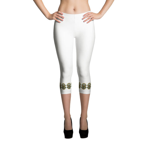 Cloth Lace Butterfly Effect-A All-over Capri Leggings Front View
