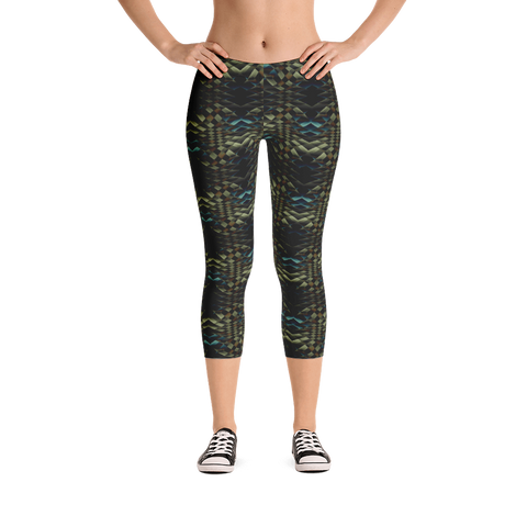 Snakeskin Capri Leggings
