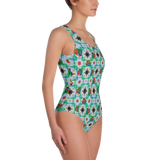 Macaw 4-way Pattern One-Piece Swimsuit