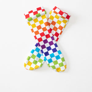 Rainbow Checkers (Preorder)