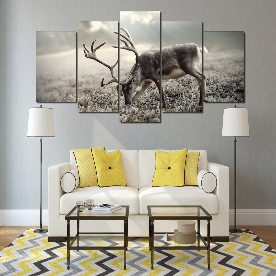 Limited Edition 5 Piece Deer In Black And White Canvas