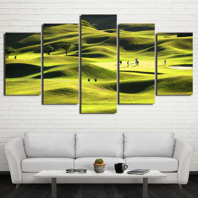 Limited Edition 5 Piece Golf Course In A Green Mountain Canvas