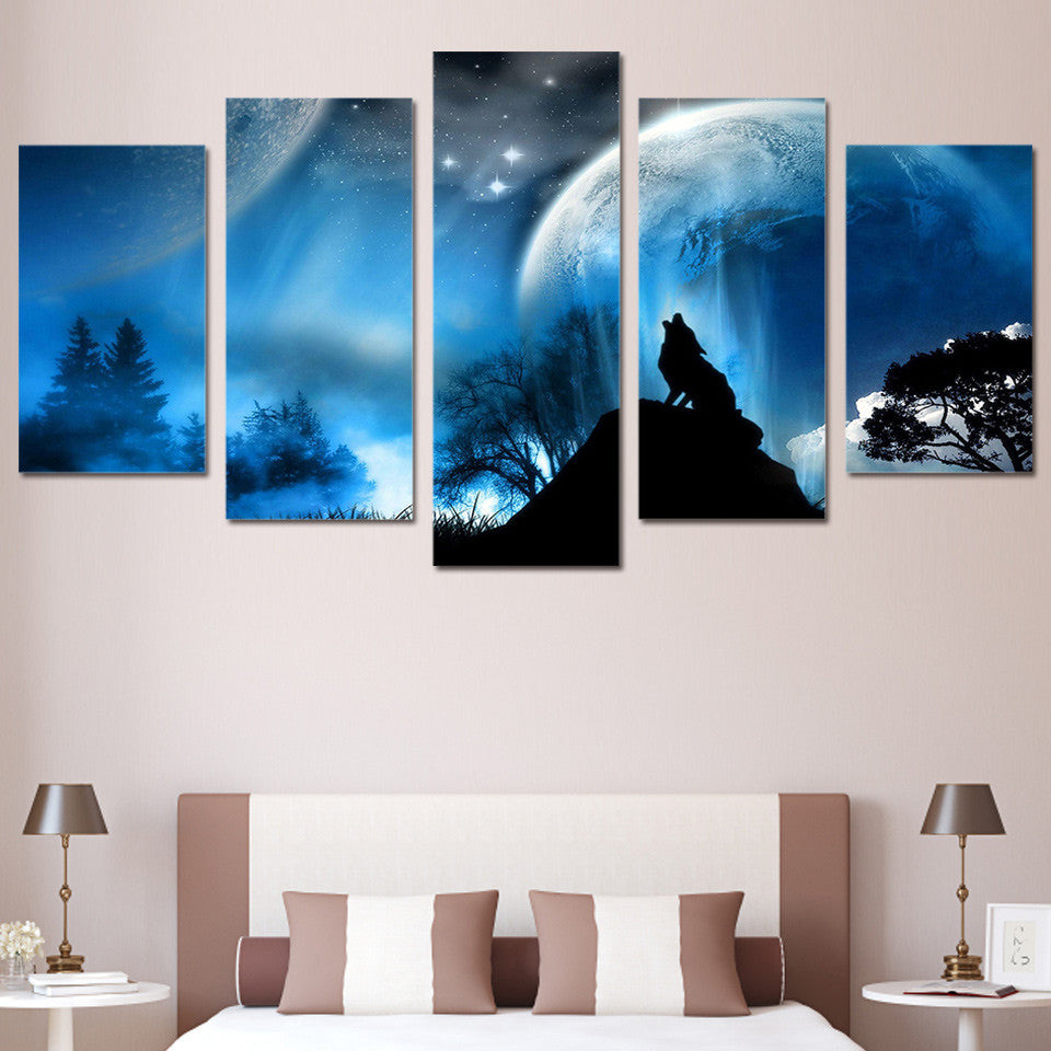 Limited Edition 5 Piece Night Wolf Howl Planet Canvas