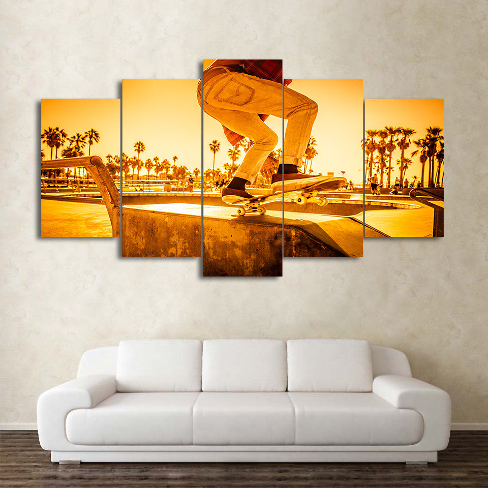 Limited Edition 5 Piece Skateboard Sunset Street Canvas