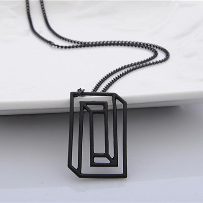 Optical Illusion Molecule Necklace