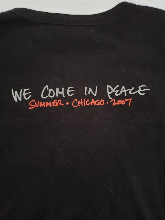 Pearl Jam Chicago 2007 We Come in Peace Shirt