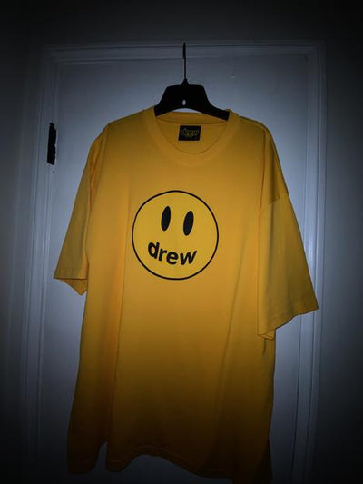 mascot ss tee - golden yellow