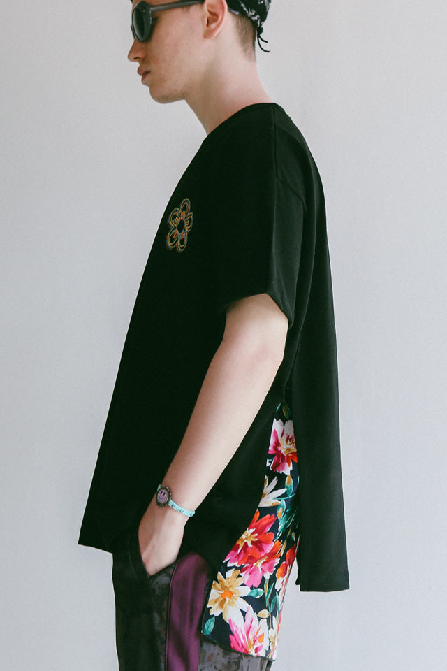 FLOWER CUT T (BLACK)