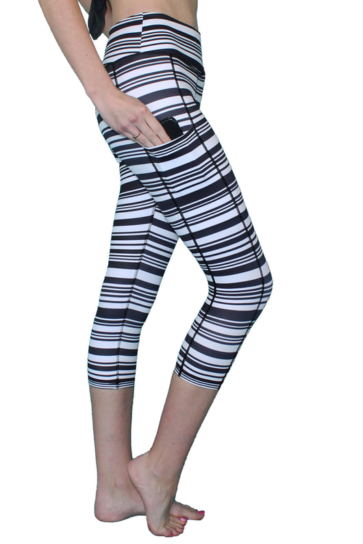 Black and White Ripple Stripe - Pocket Capri - ON SALE