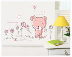 Cartoon Love Bear & Flowers